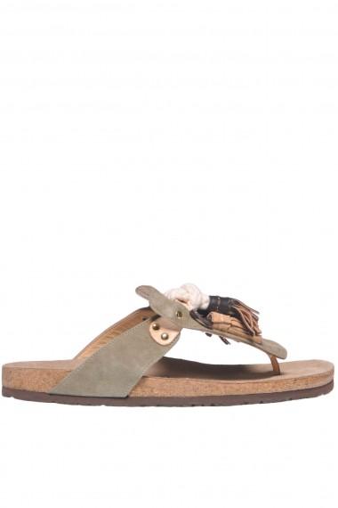 e764df141d2 Maliparmi Shock Tassel suede flip-flops - Buy online on Glamest.com ...
