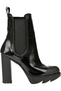 Patent-leather ankle boots Love Moschino