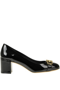 Patent-leather pumps Salvatore Ferragamo