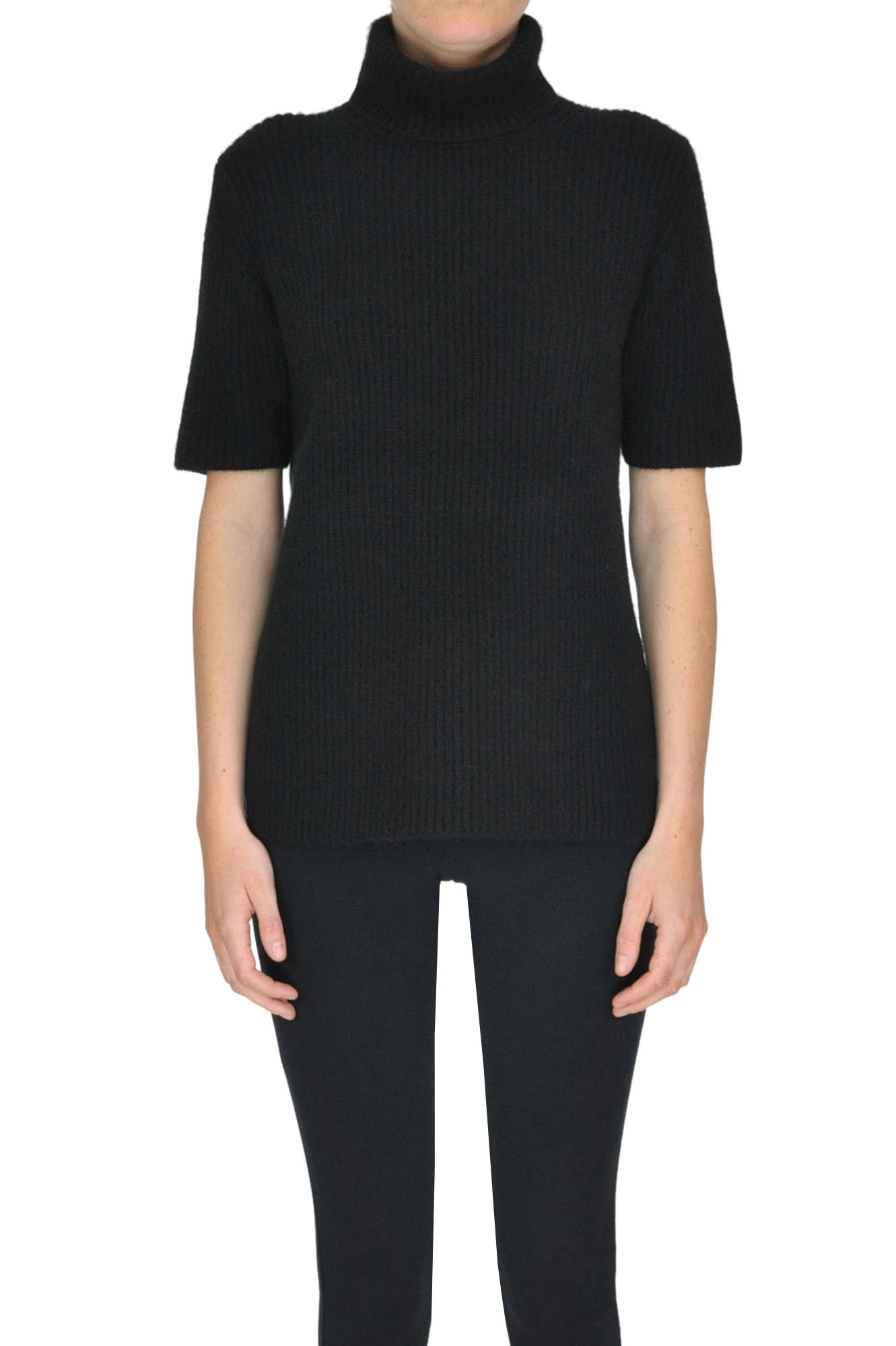 ALYKI Turtleneck Cashmere Pullover in Black